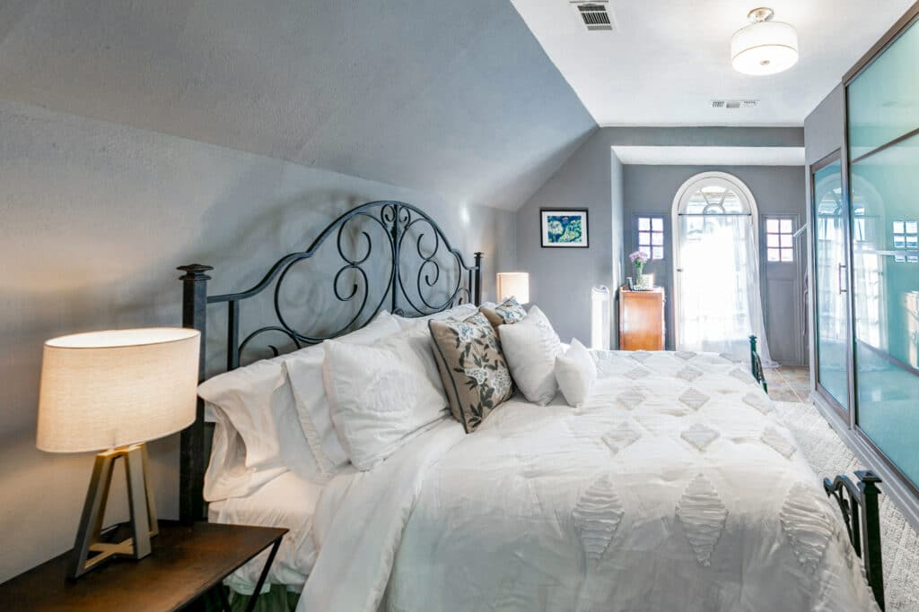 Lakeview bedroom